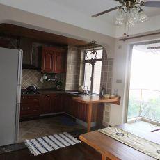 热门面积102平混搭三居厨房装修实景图片欣赏