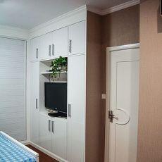 热门面积105平混搭三居卧室装修实景图