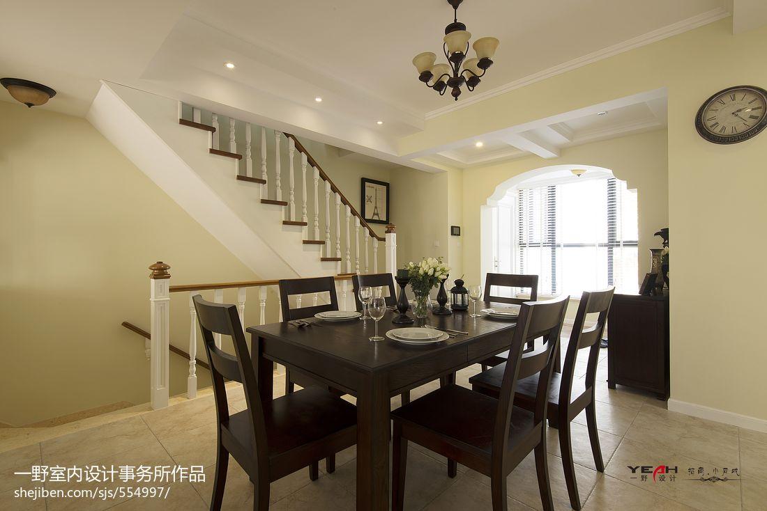 小石城休闲美式餐厅楼梯装修效果图