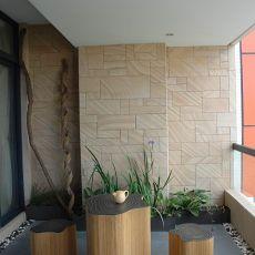 热门面积91平混搭三居阳台装修实景图片欣赏