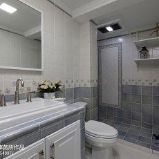 2018精选114平米混搭复式卫生间实景图片