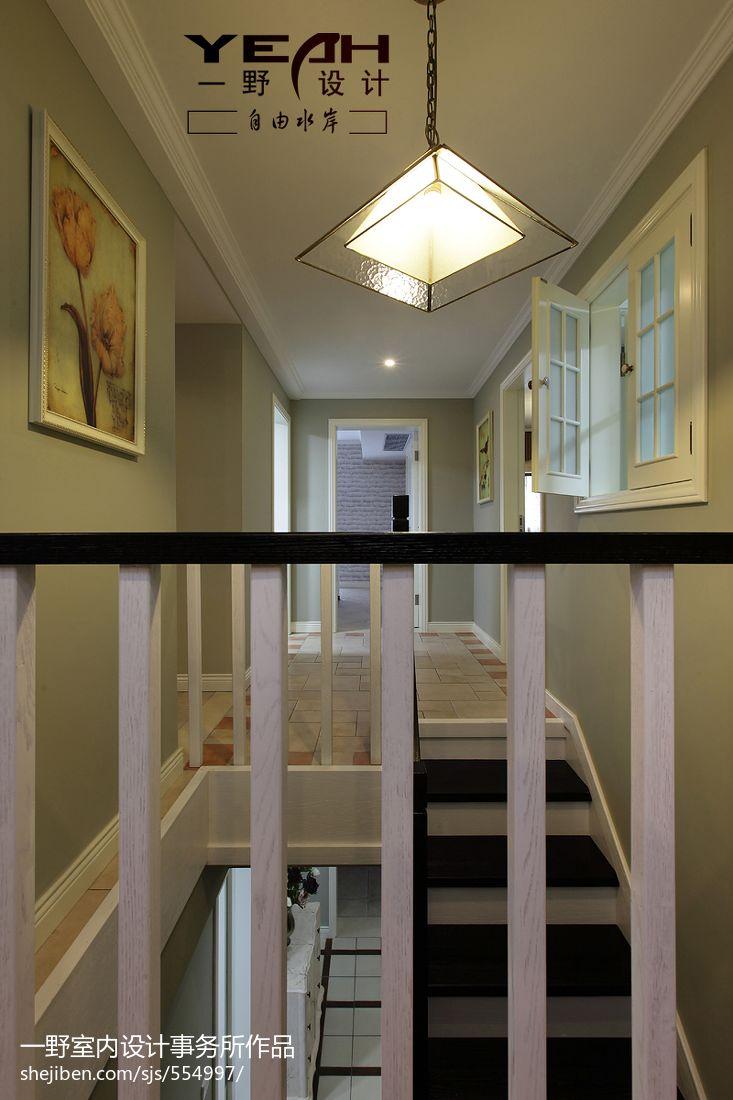 休閑美式復式樓樓梯裝修效果圖