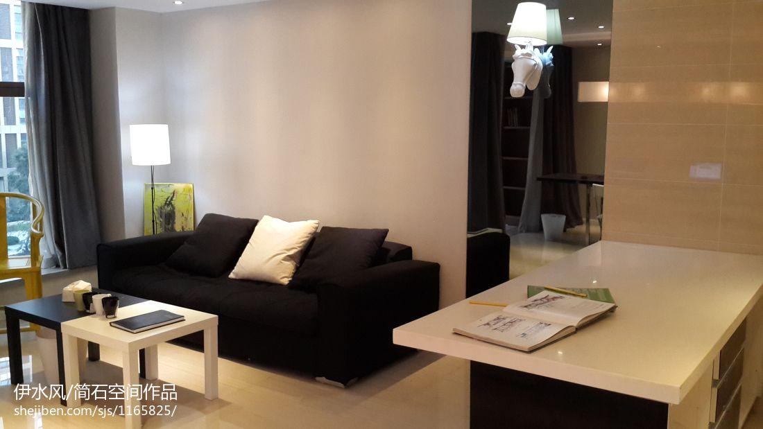后现代客厅装修案例