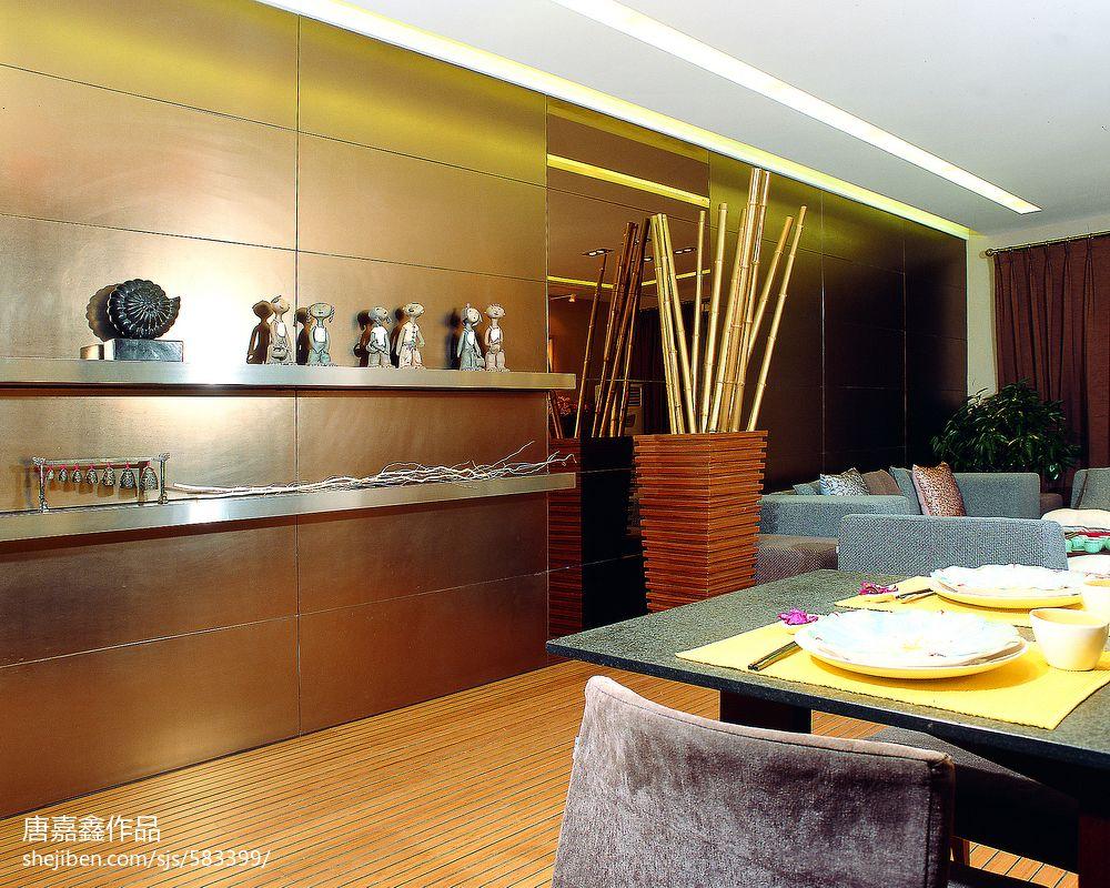 豪华东南亚风格客厅装潢