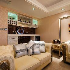 135平米欧式别墅客厅装饰图片大全