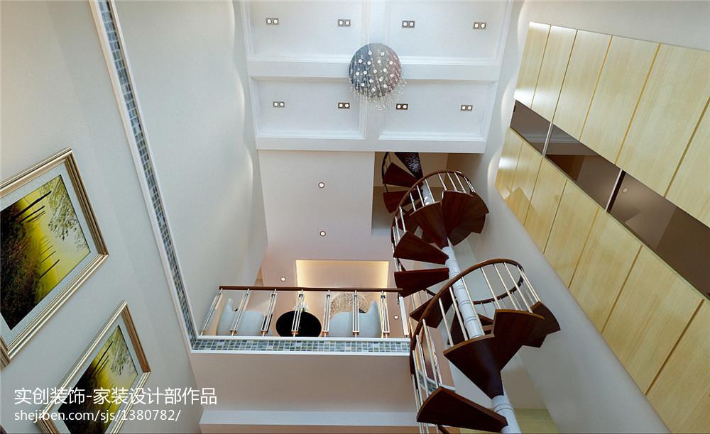 现代简约原木客厅装修案例
