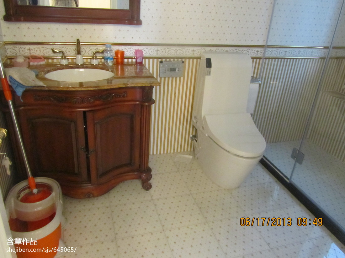 现代美式豪华卫浴效果图