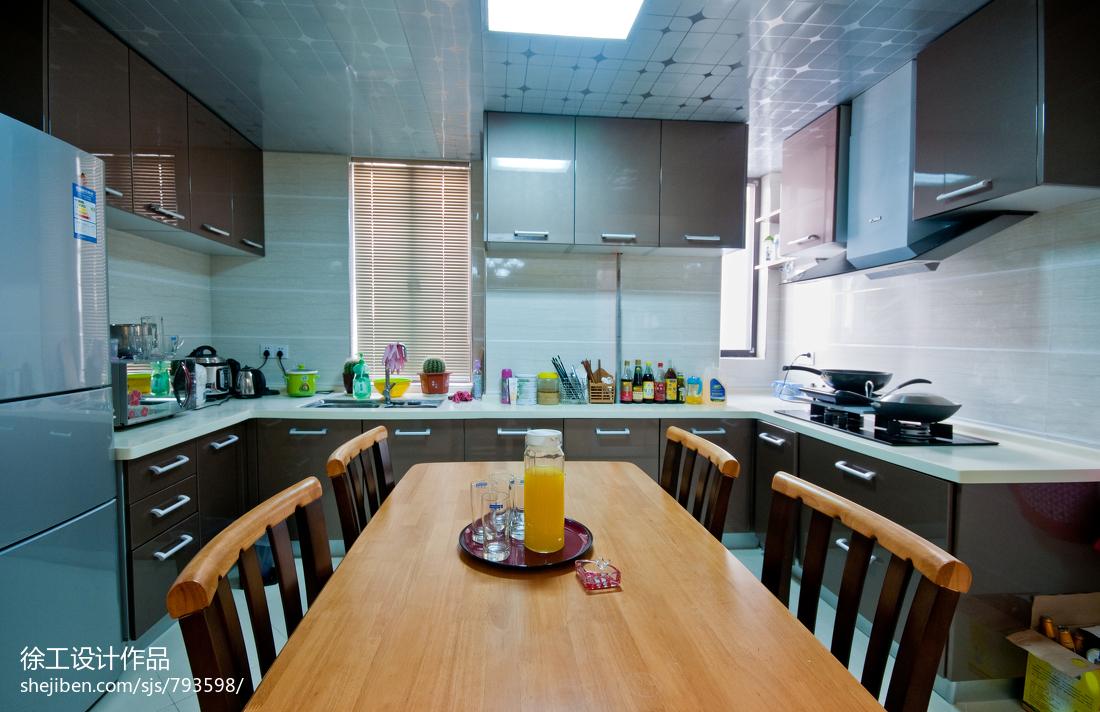 精选91平米三居厨房田园装修设计效果图片