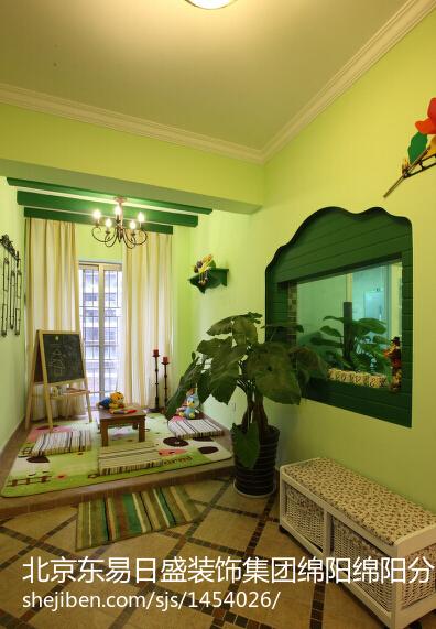 紫色卧室窗帘装修效果图