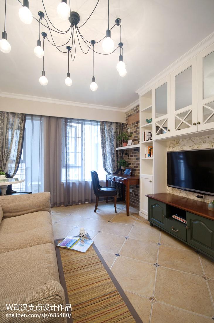 美式风格家装客厅窗帘图片