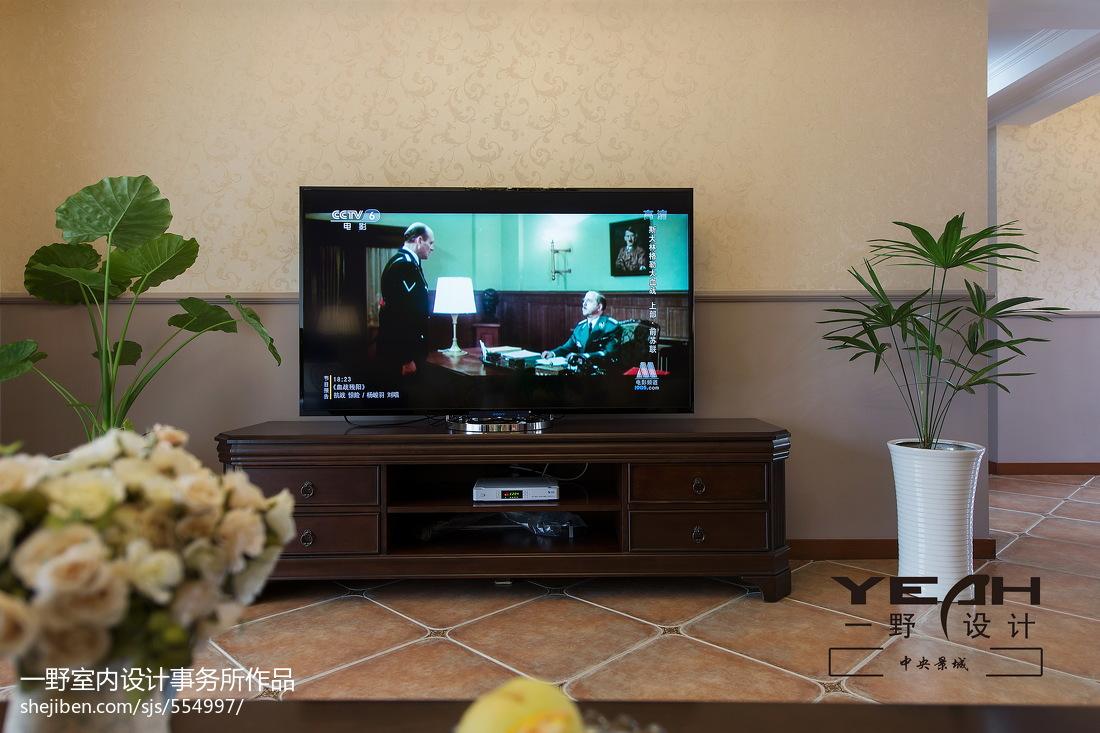 休閑美式客廳電視背景墻裝修效果圖