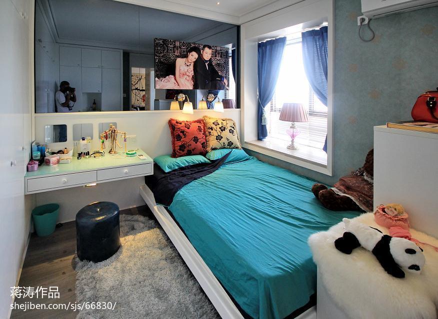 面积90平现代二居卧室装修图片欣赏