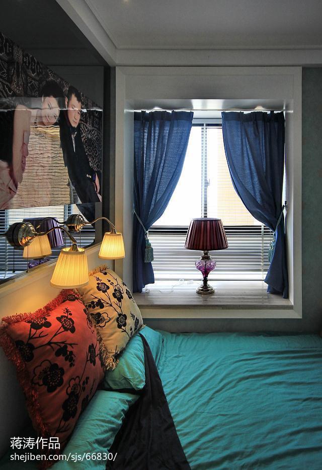 84平米二居卧室现代效果图