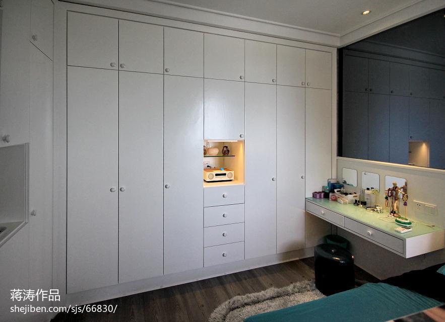 精选面积82平现代二居卧室装修图片