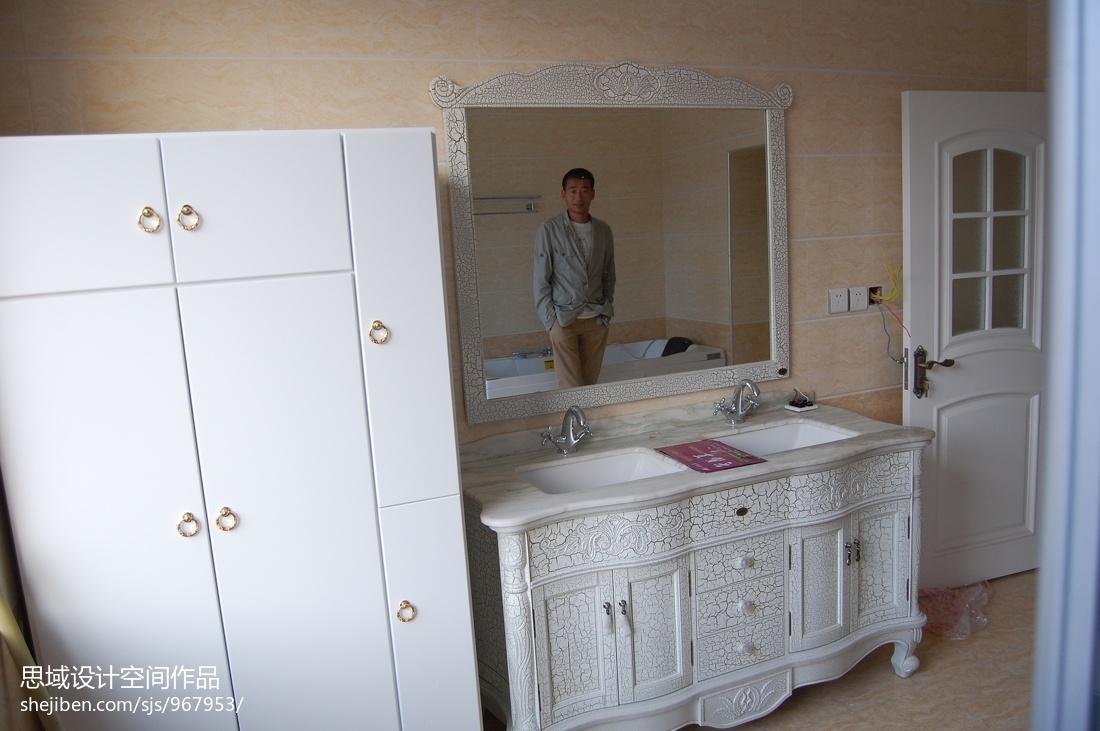 现代设计两居室装修案例