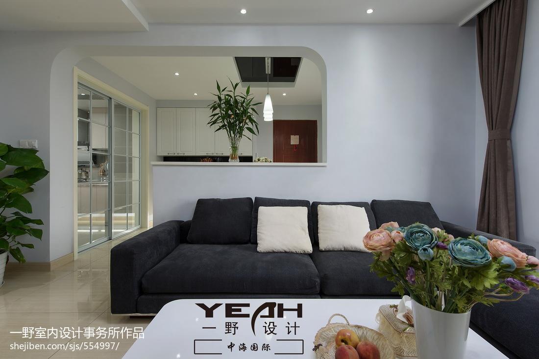 精美面积71平现代二居客厅实景图片