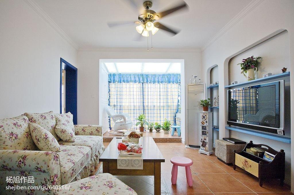 浪漫地中海风格客厅隔断设计