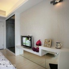 精美99平方三居卧室现代效果图