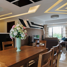 2018精选102平米三居客厅地中海装修实景图片