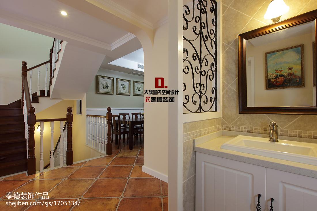 最热113平米美式复式客厅装修设计效果图片欣赏