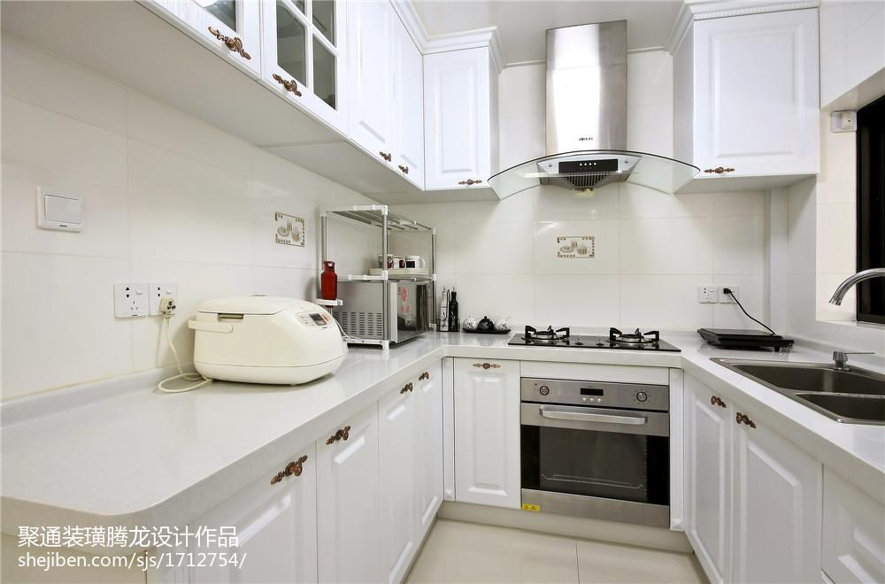 热门现代别墅厨房装修欣赏图