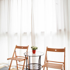 精美现代二居阳台装饰图片