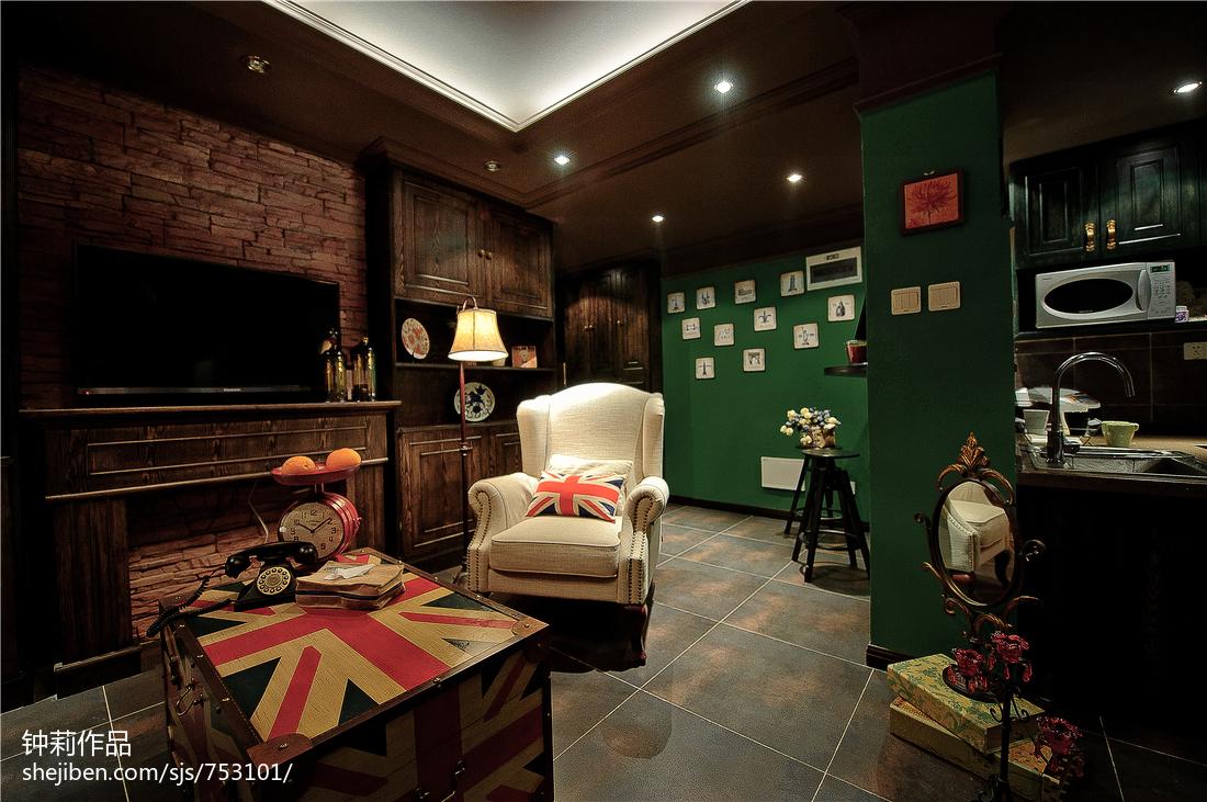 面积82平混搭二居客厅装修图