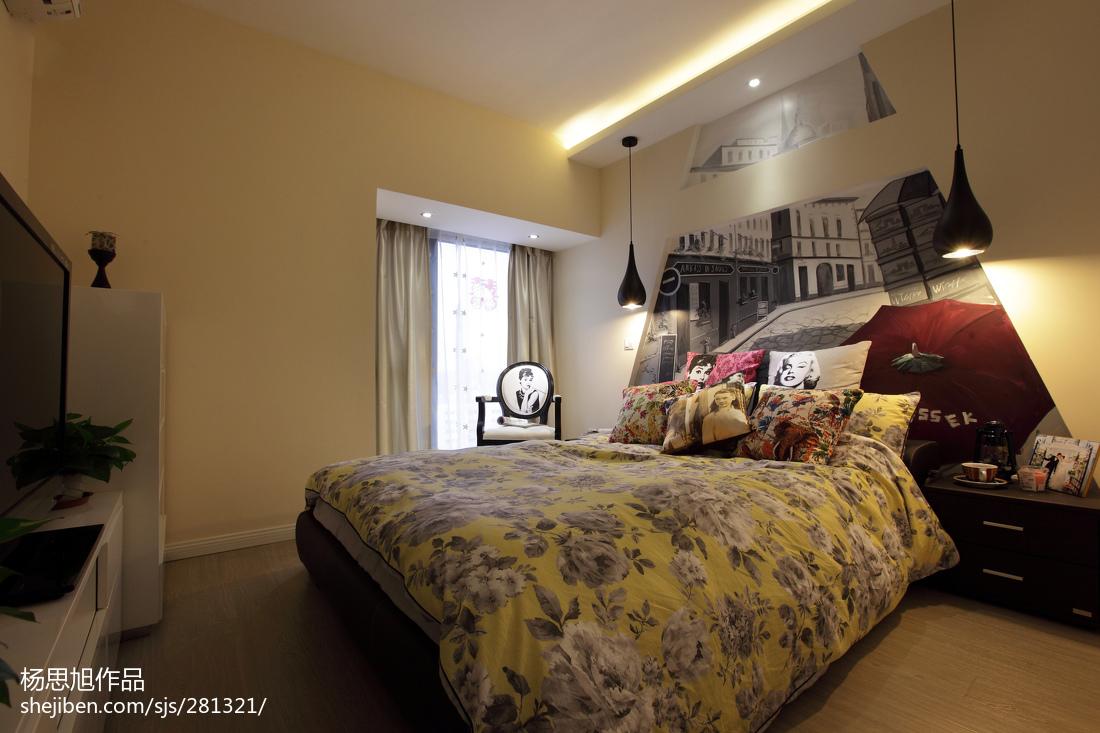 精选76平米二居卧室现代装饰图片