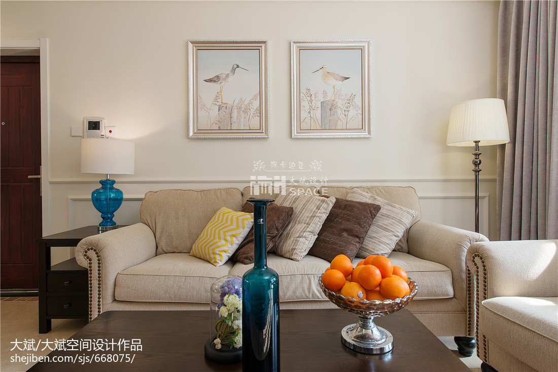美式風格客廳背景墻裝修圖片展示