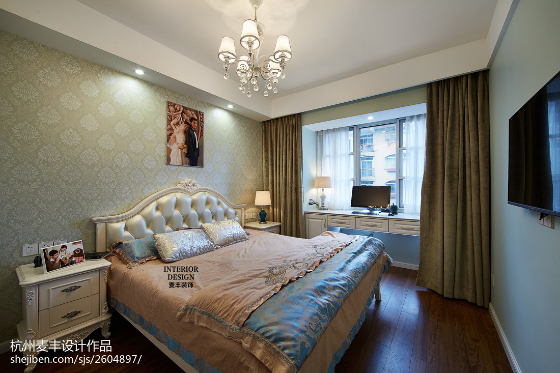 现代欧式卧室装修图片