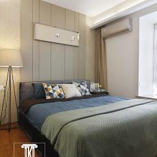 2018现代三居卧室欣赏图