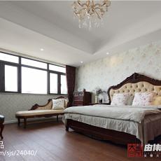 2018精选121平米欧式别墅卧室实景图片