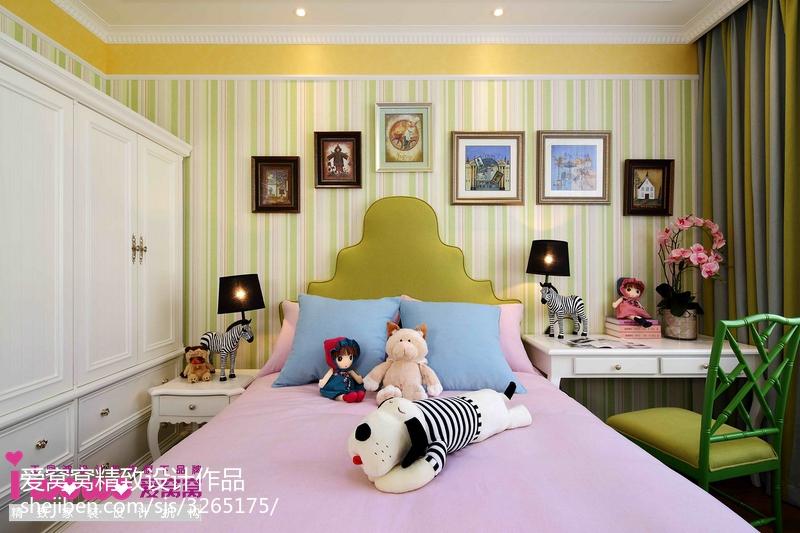欧式温馨奢华卧室装修效果图