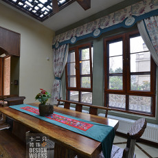 123平米中式别墅餐厅装修效果图