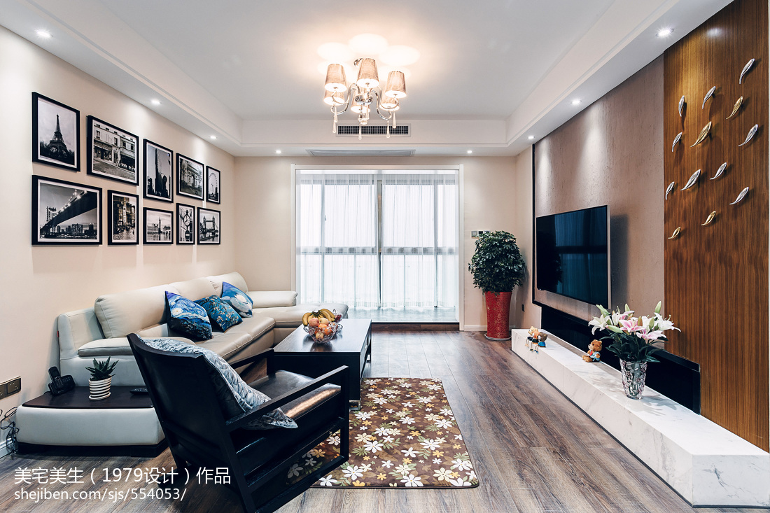 精选大小102平现代三居客厅装修图片