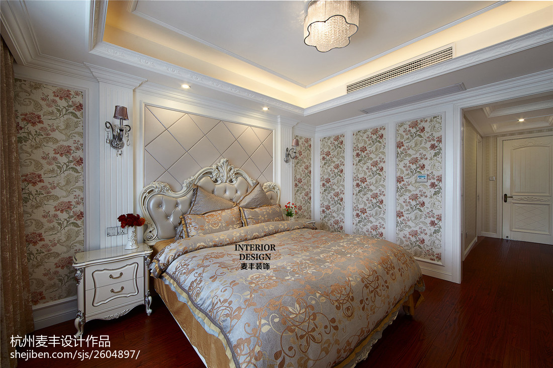 2018精选欧式四居卧室装修设计效果图片大全