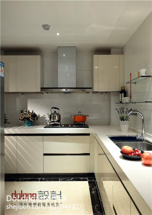 现代厨房整体橱柜装修效果图