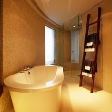 热门面积101平现代三居卫生间装修欣赏图片大全