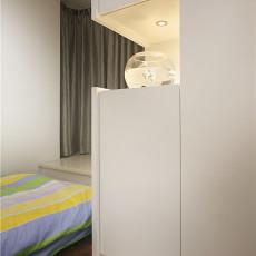 热门71平米二居卧室现代效果图片欣赏