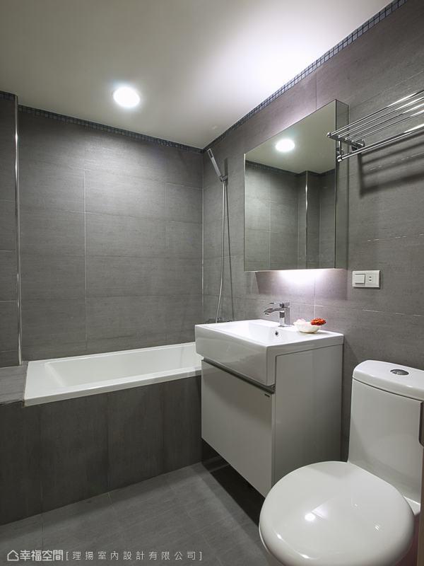 现代风黑白灰色彩主卧室图