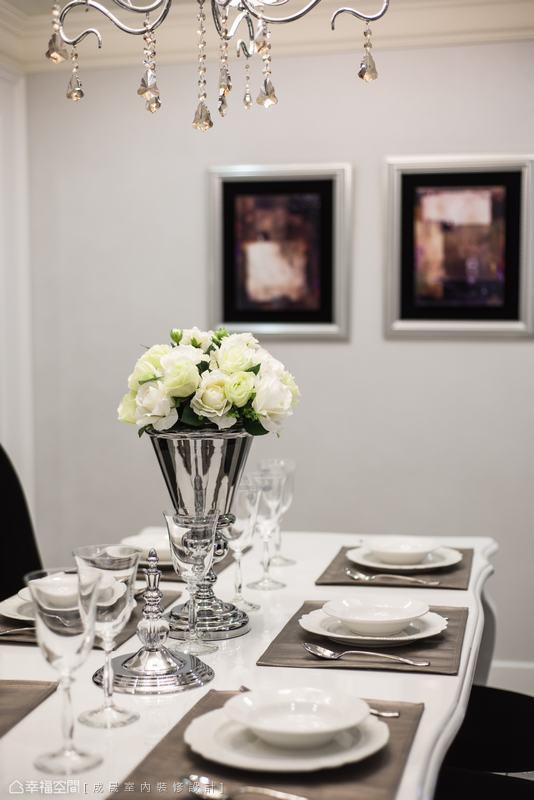 温馨268平新古典样板间装饰图片