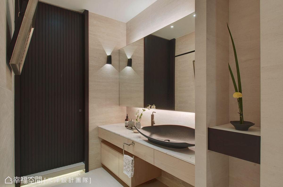 现代简约设计洗手间装修效果图片