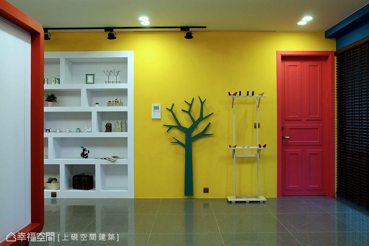现代原木居家客厅设计