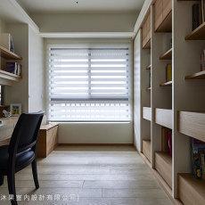 现代简约客厅沙发摆放效果图片