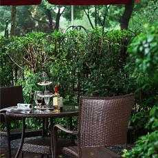 热门复式花园现代装修图