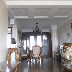 热门面积107平欧式三居客厅装饰图片