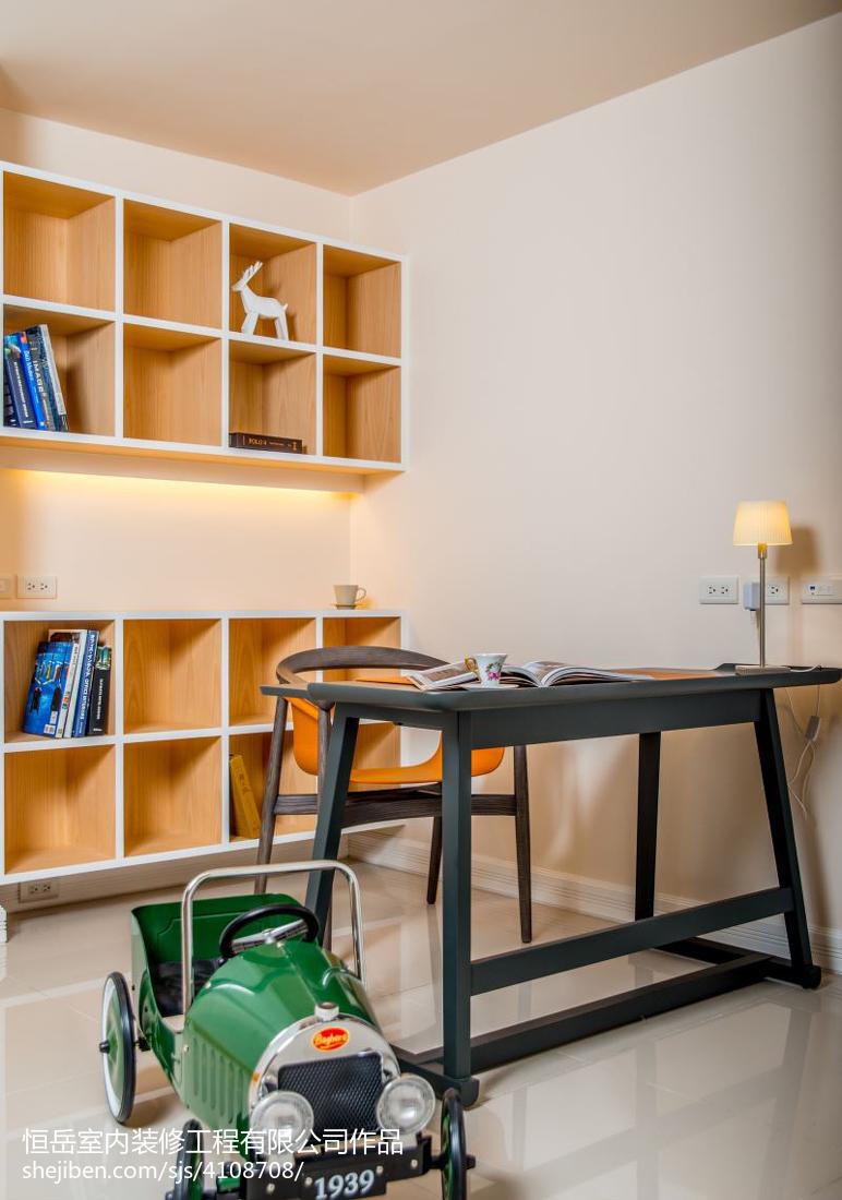 二居室美式休闲区装修设计