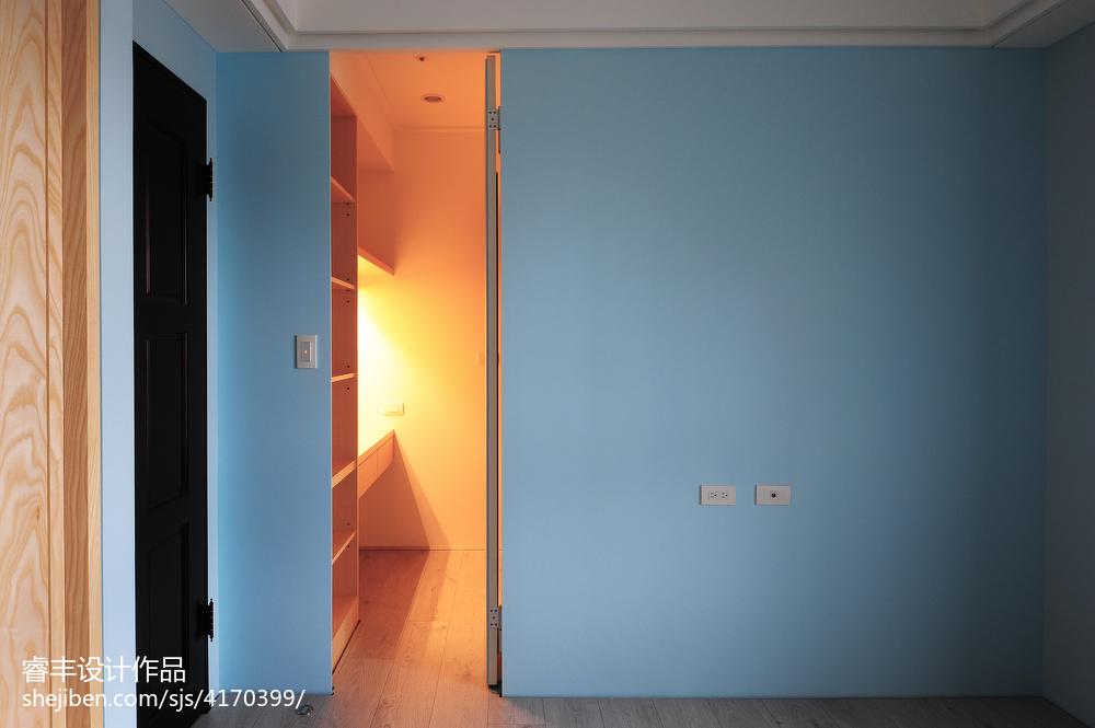 新房卧室门