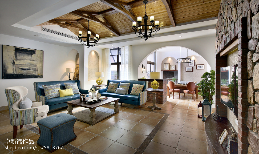 2018128平米美式别墅客厅装饰图片欣赏