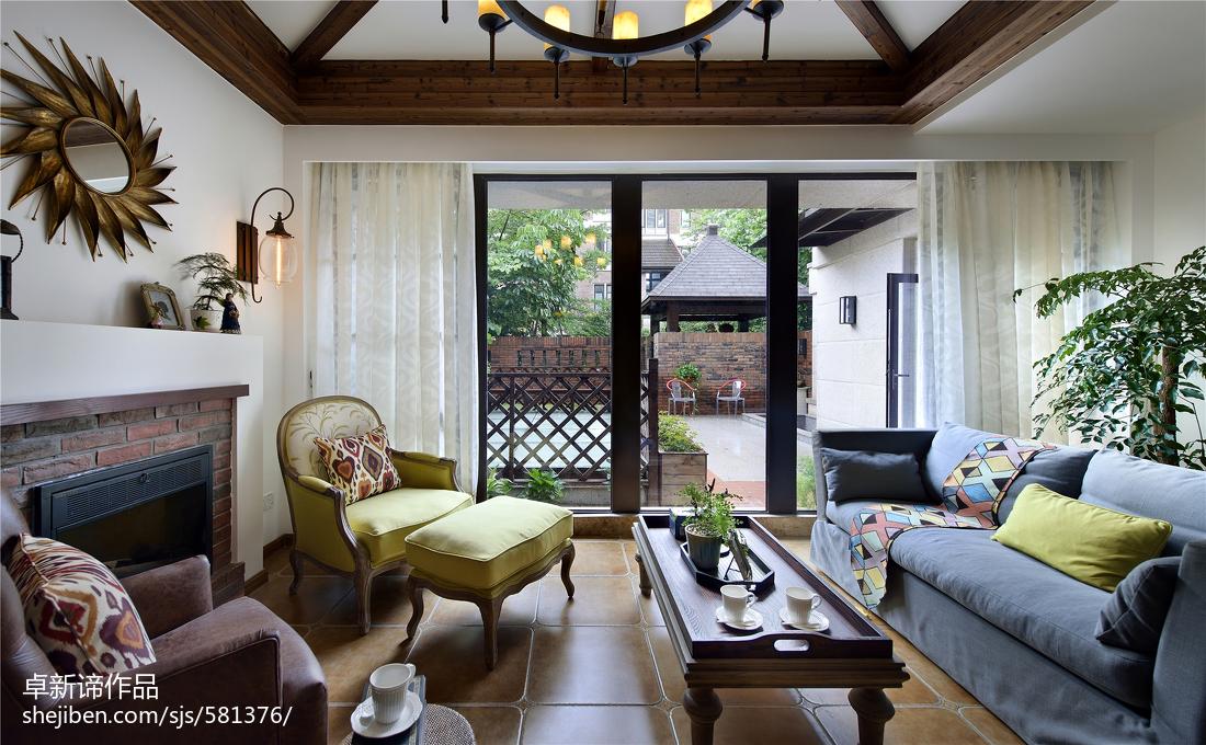 别墅美式休闲区门窗装修效果图